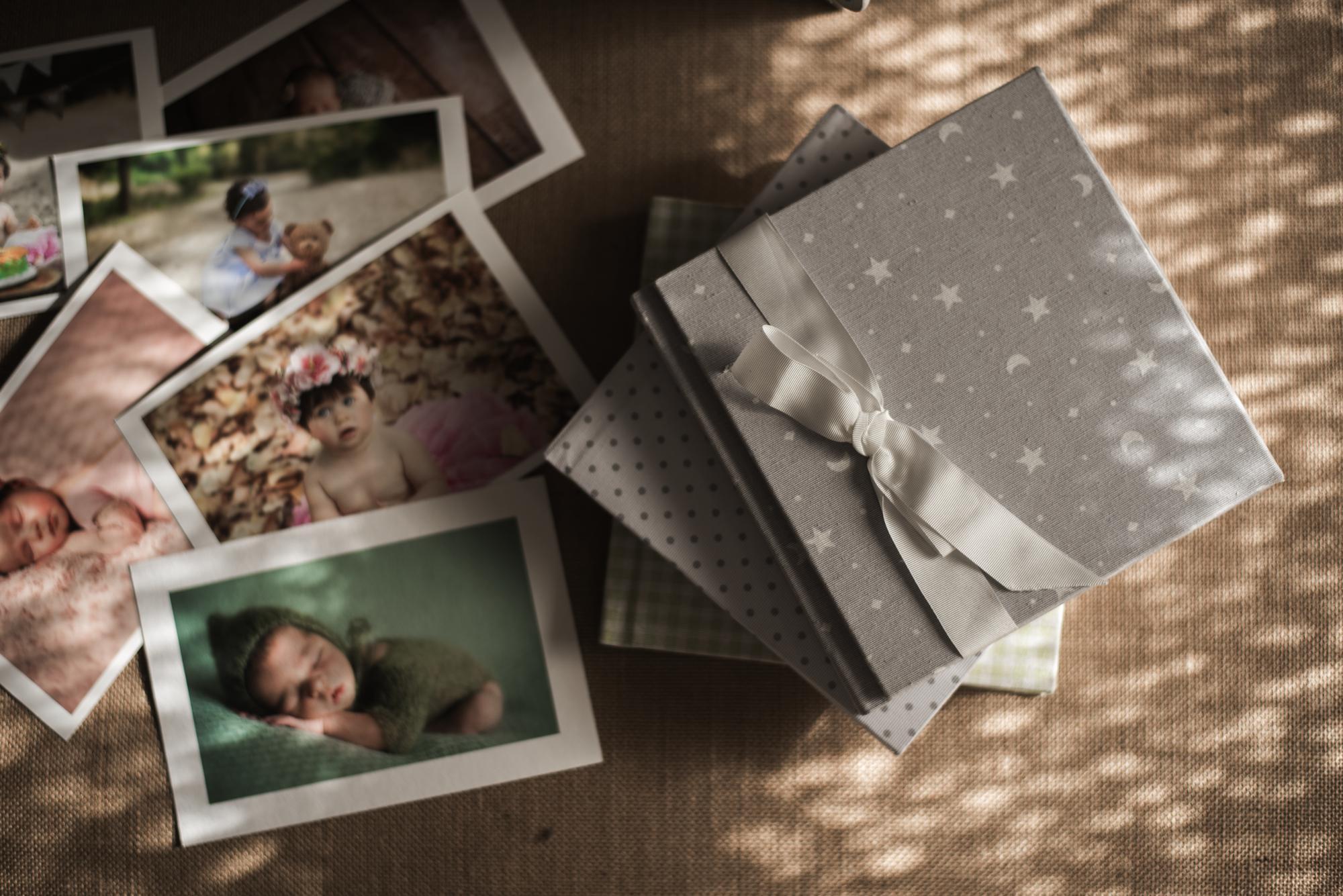 Libros de fotografías para bebés en colores pastel