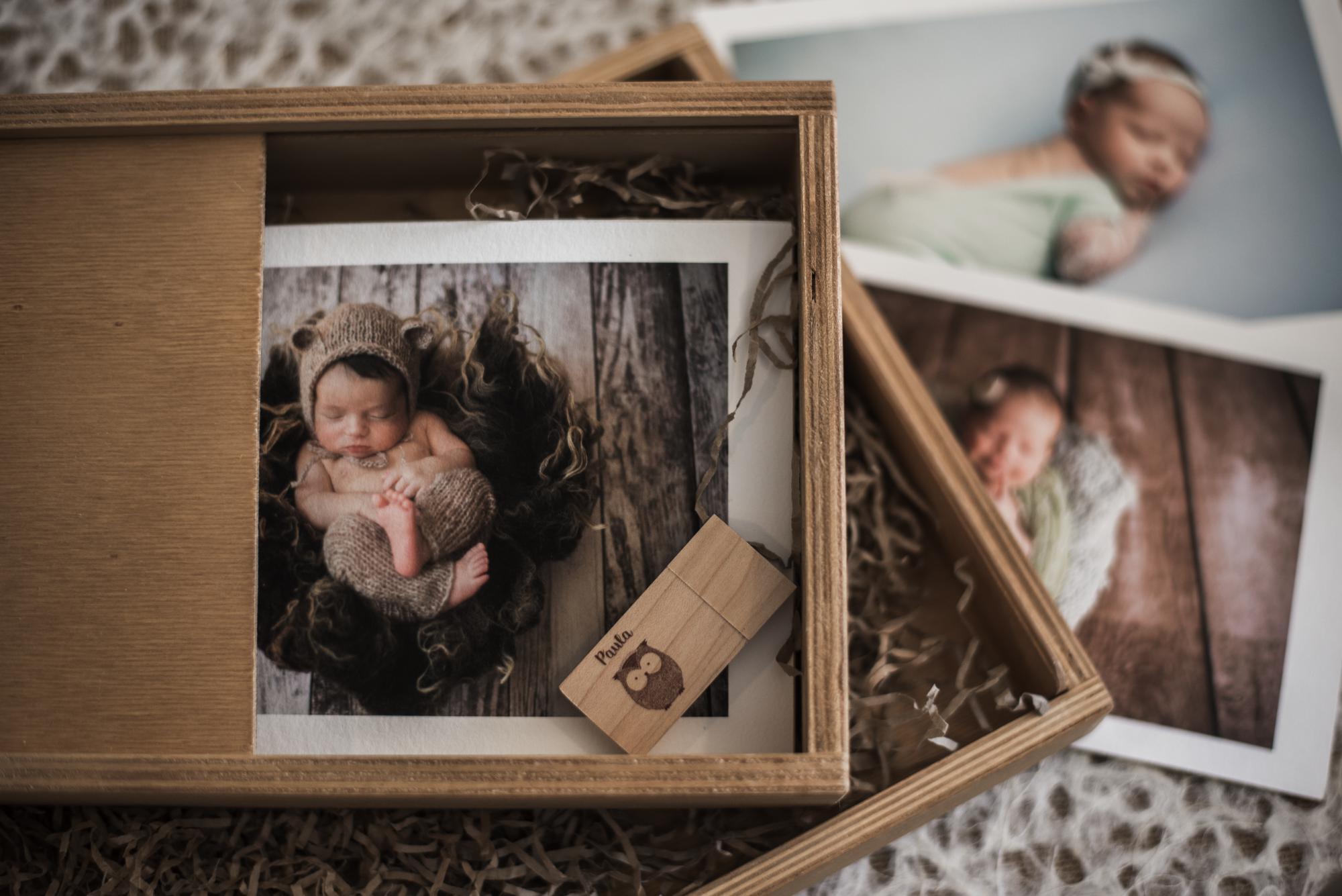 Caja Woodencase roller de madera de pino con fotos baby