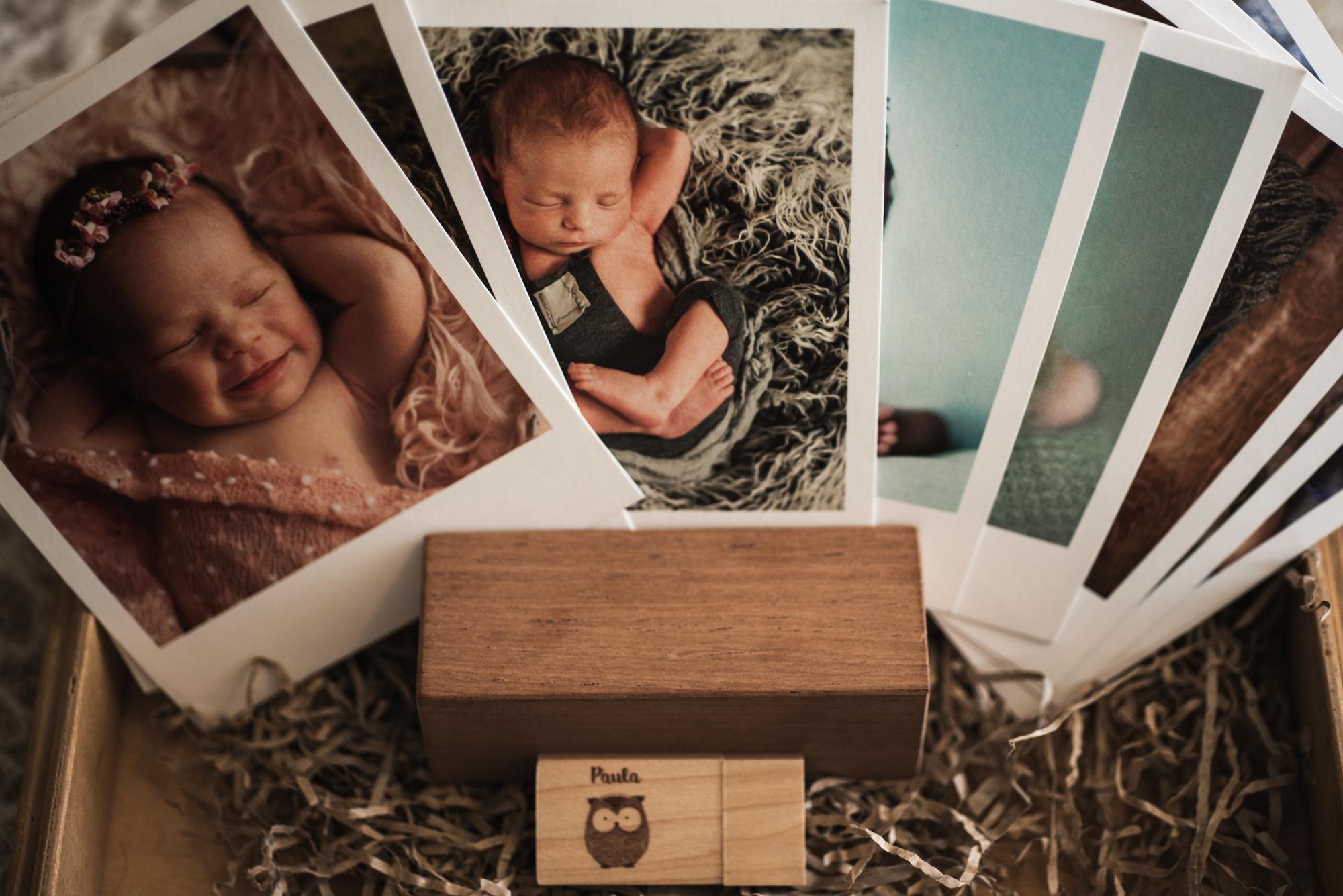 Taco de madera soporte de fotos formato polaroid en papel eucaliptus