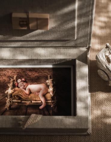 Caja de fotos entelada para penDrive